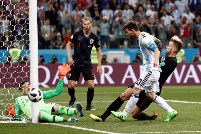 Đương kim á quân Argentina thua tan tác Croatia - Ảnh 6.