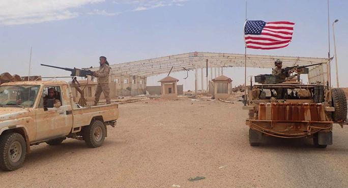 Lực lượng Syria bao vây căn cứ Mỹ ở biên giới - Ảnh 1.