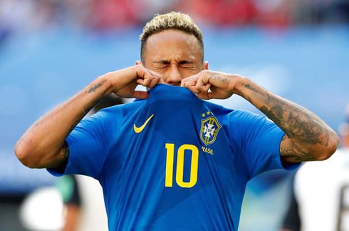Neymar khóc: Chẳng ai dành sẵn quả ngọt cho ta hái - Ảnh 1.
