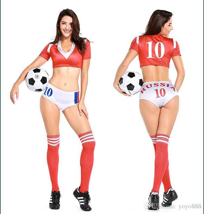 Nóng hơn khi mua trang phục sexy mùa World Cup - Ảnh 7.
