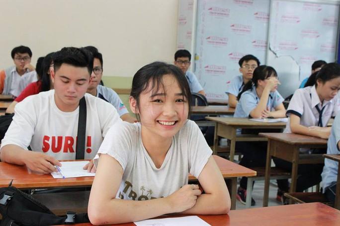 Cung bậc cảm xúc của thí sinh ngày đầu đến điểm thi - Ảnh 7.