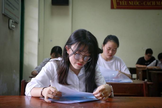 Cung bậc cảm xúc của thí sinh ngày đầu đến điểm thi - Ảnh 14.