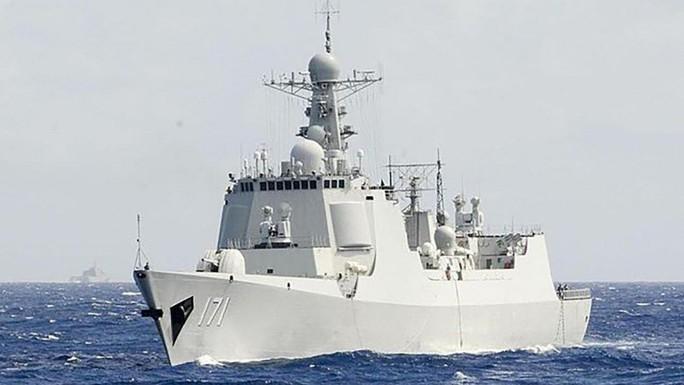 Tàu chiến Trung Quốc đi qua eo biển, Đài Loan xuất kích máy bay  - Ảnh 1.