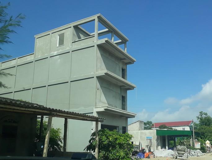 Nghệ An: Tràn lan nhà xây trái phép - Ảnh 1.