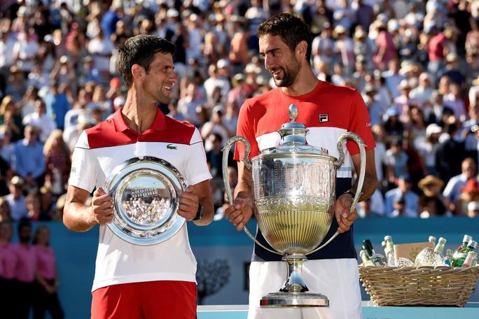 Federer bất ngờ thua đàn em ở chung kết Halle Open - Ảnh 7.