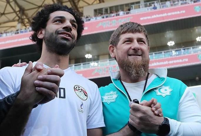 Salah cân nhắc chia tay tuyển Ai Cập vì một bức ảnh - Ảnh 2.