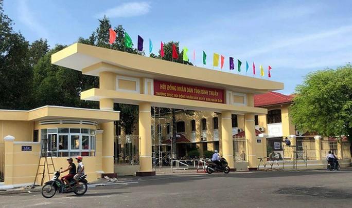 Bình Thuận: Thanh niên xuống đường gây rối rồi bỏ trốn đã ra trình diện - Ảnh 1.