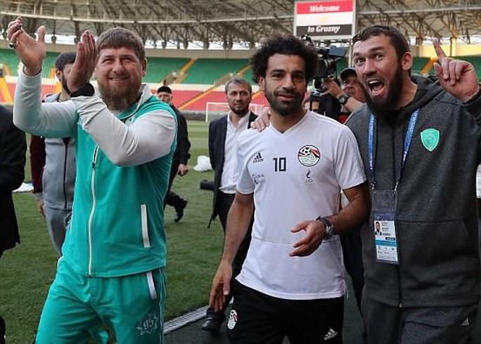 Salah cân nhắc chia tay tuyển Ai Cập vì một bức ảnh - Ảnh 3.