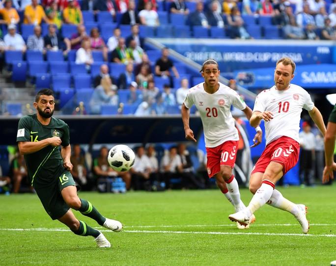 Pháp - Đan Mạch (21 giờ ngày 26-6, VTV6):