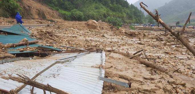 28 người chết và mất tích do mưa lũ: Phó Thủ tướng đến hiện trường chỉ đạo - Ảnh 3.