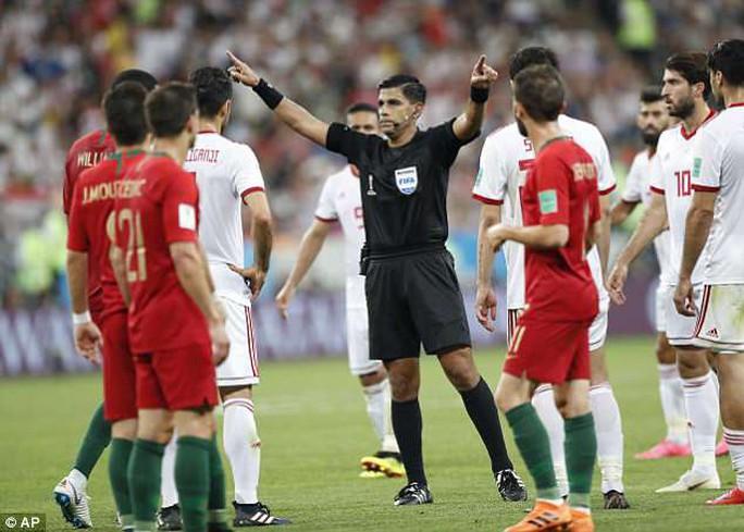 Cầu thủ Morocco: VAR là đồ rác rưởi - Ảnh 2.