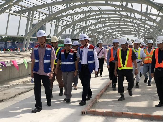 Quốc hội gỡ vướng cho metro - Ảnh 1.