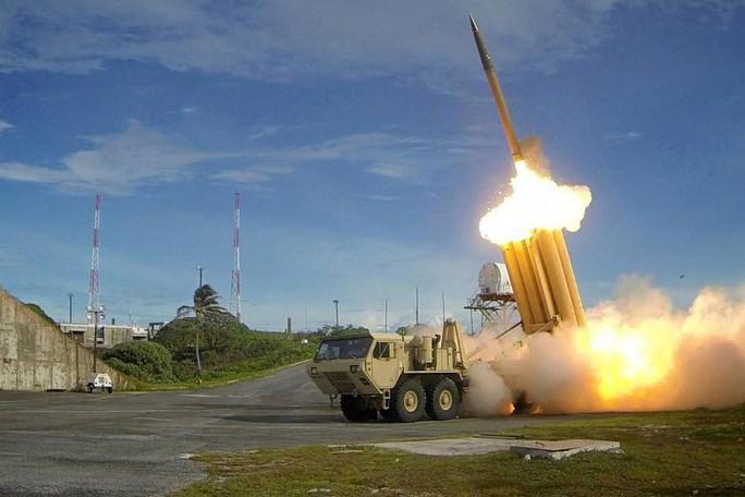Mỹ nâng cấp tên lửa, Triều Tiên sửa sang cơ sở hạt nhân - Ảnh 1.