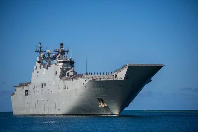 Tàu chiến tấp nập đến điểm hẹn tập trận RIMPAC - Ảnh 2.