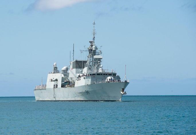 Tàu chiến tấp nập đến điểm hẹn tập trận RIMPAC - Ảnh 3.