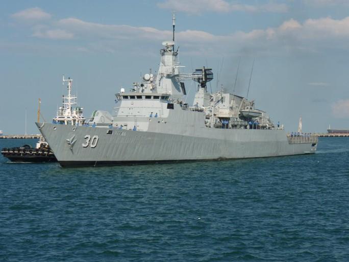 Tàu chiến tấp nập đến điểm hẹn tập trận RIMPAC - Ảnh 9.