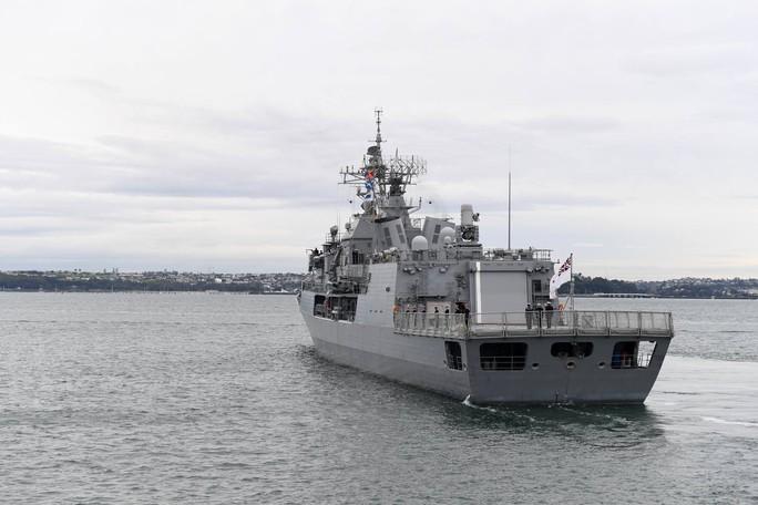 Tàu chiến tấp nập đến điểm hẹn tập trận RIMPAC - Ảnh 11.