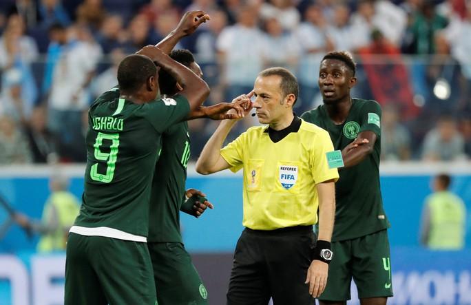 Nigeria chỉ thua VAR - Ảnh 3.