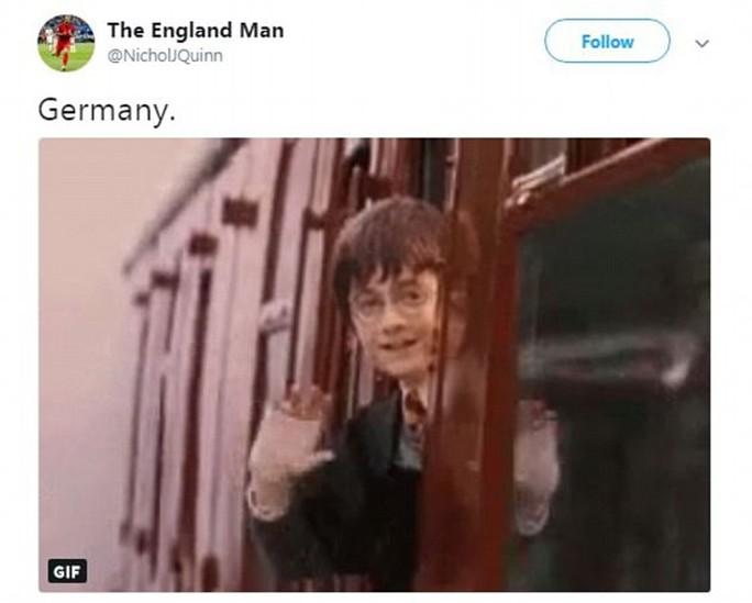 CĐV Đức dọa xử Ozil, người Anh sướng như vô địch World Cup - Ảnh 7.