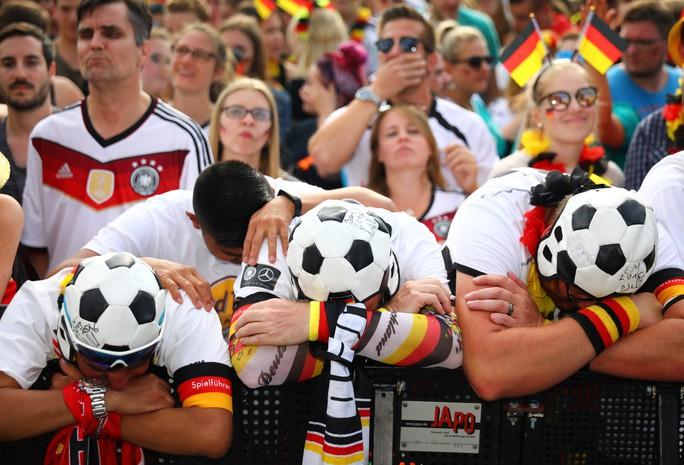 Báo chí Đức chửi đội nhà, dân Mexico cảm ơn Hàn Quốc - Ảnh 8.