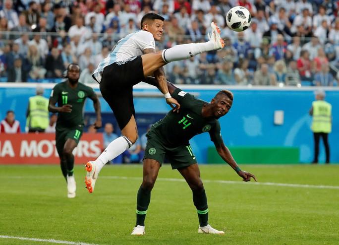 Iceland trắng tay, Argentina đoạt vé nghẹt thở trước Nigeria - Ảnh 8.