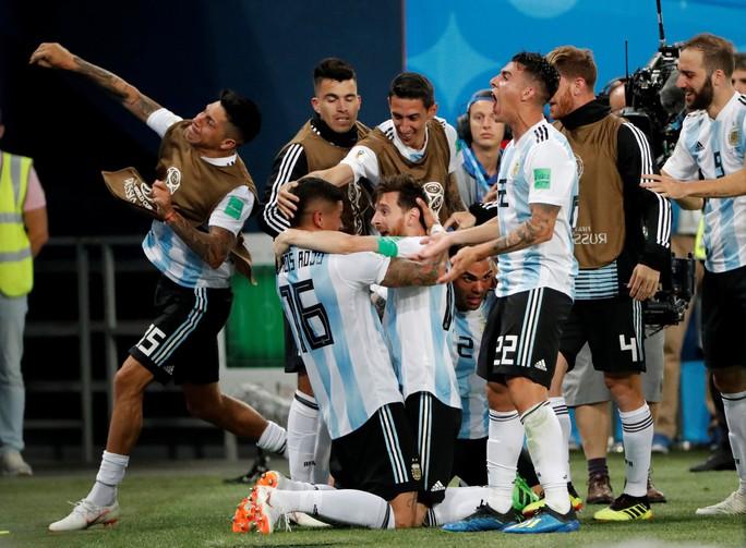Iceland trắng tay, Argentina đoạt vé nghẹt thở trước Nigeria - Ảnh 14.