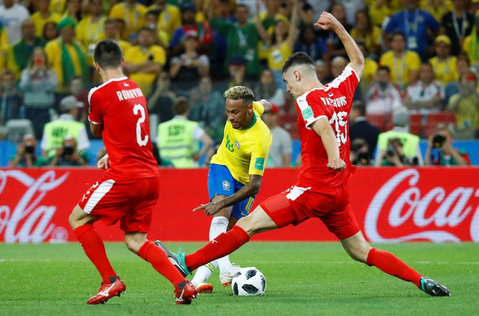 Không cho Serbia tạo sốc, Brazil cùng Thụy Sĩ vào vòng 1/8 - Ảnh 6.