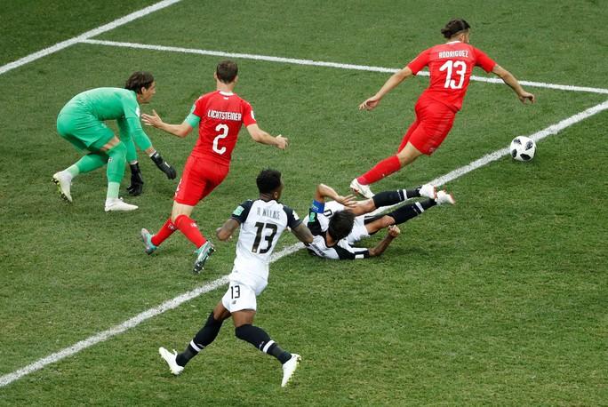 Không cho Serbia tạo sốc, Brazil cùng Thụy Sĩ vào vòng 1/8 - Ảnh 8.