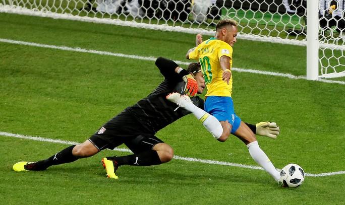 Không cho Serbia tạo sốc, Brazil cùng Thụy Sĩ vào vòng 1/8 - Ảnh 1.