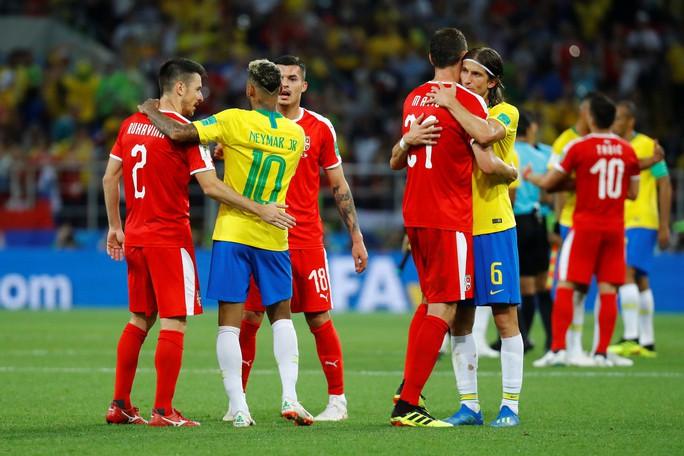 Không cho Serbia tạo sốc, Brazil cùng Thụy Sĩ vào vòng 1/8 - Ảnh 5.