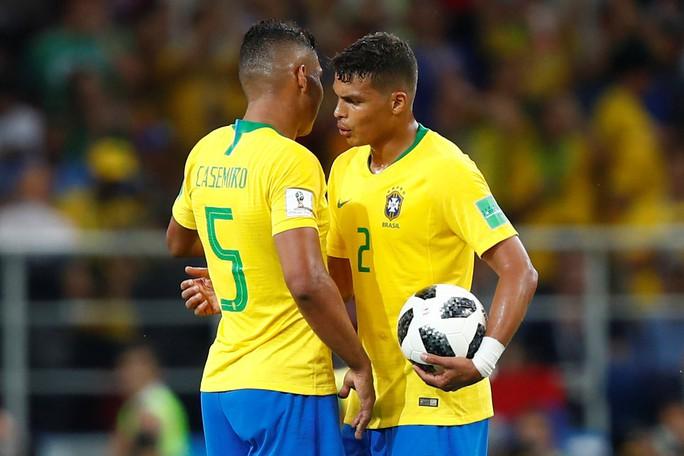 Không cho Serbia tạo sốc, Brazil cùng Thụy Sĩ vào vòng 1/8 - Ảnh 4.
