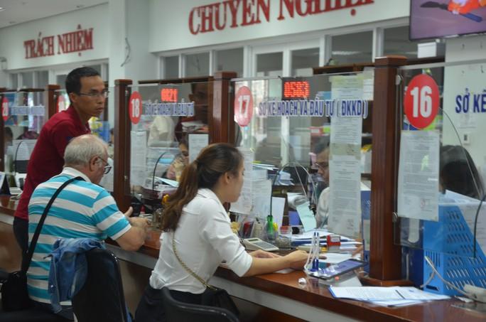 Đà Nẵng hỗ trợ đến 200 triệu đồng để khuyến khích cán bộ, lãnh đạo tự nghỉ việc - Ảnh 1.