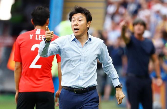 Hàn Quốc ăn mừng hụt vì…tưởng được vào vòng trong - Ảnh 3.