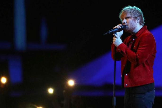 Ca sĩ lừng danh Ed Sheeran lại bị kiện đạo nhạc - Ảnh 1.