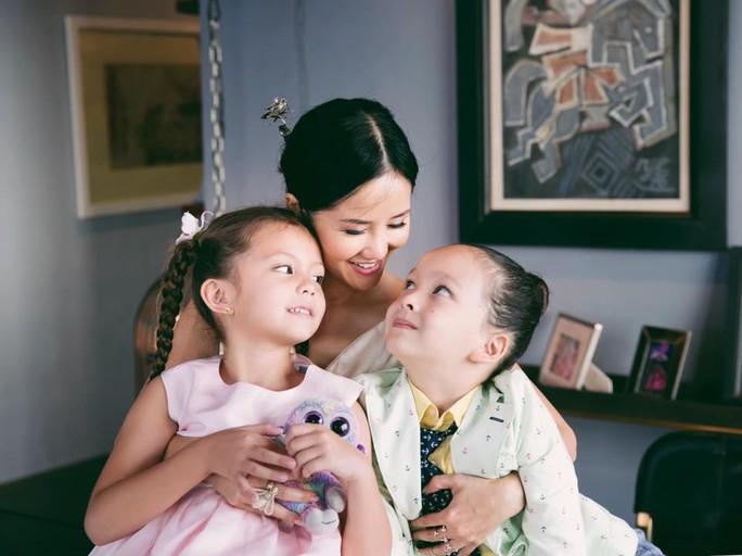 Hé lộ số tiền trợ cấp nuôi con của sao Việt sau ly hôn - Ảnh 1.