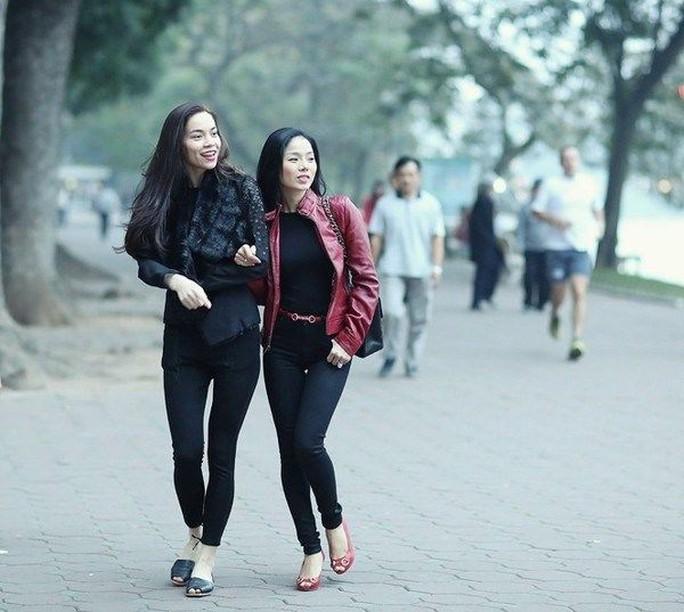 Bạn bè trong showbiz Việt: Thân càng lâu, lật mặt càng sâu - Ảnh 3.
