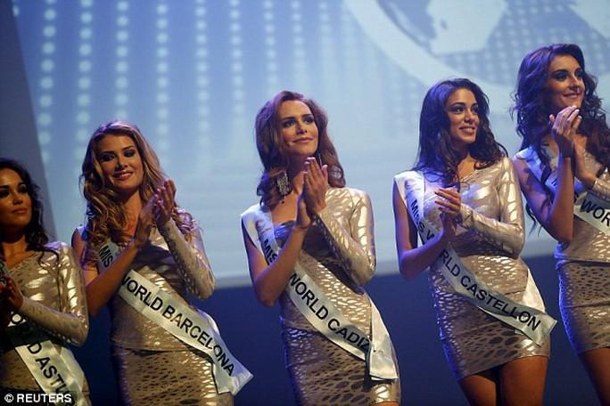 Người chuyển giới đầu tiên đăng quang Hoa hậu Hoàn vũ Tây Ban Nha - Ảnh 6.