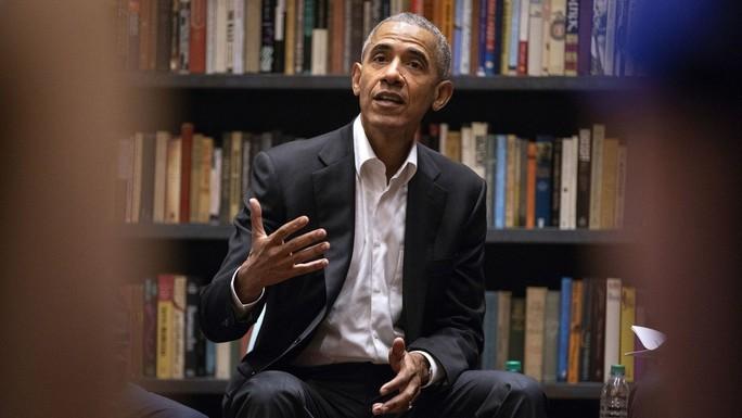 Ông Obama phá vỡ im lặng  - Ảnh 1.