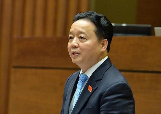 Bộ trưởng TN-MT Trần Hồng Hà ngồi ghế nóng trả lời chất vấn - Ảnh 1.