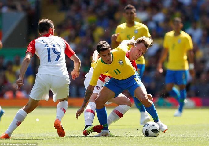 Neymar bùng nổ ngày tái xuất, Brazil thắng thuyết phục Croatia - Ảnh 5.