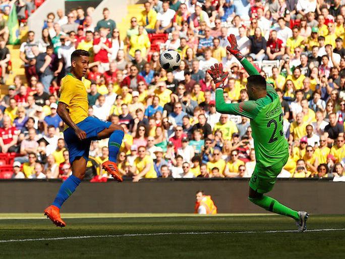 Neymar bùng nổ ngày tái xuất, Brazil thắng thuyết phục Croatia - Ảnh 8.