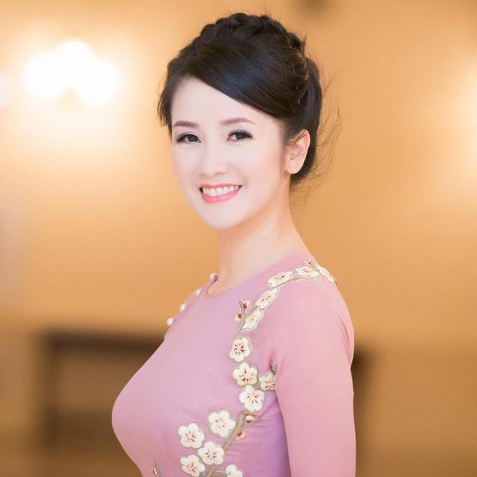 Luật ngầm ở showbiz Việt: Nổ não với sao - Ảnh 4.