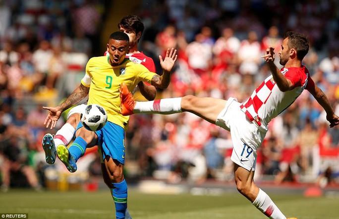 Neymar bùng nổ ngày tái xuất, Brazil thắng thuyết phục Croatia - Ảnh 4.