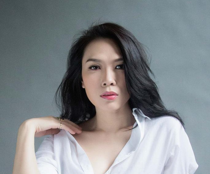 Luật ngầm ở showbiz Việt: Nổ não với sao - Ảnh 3.