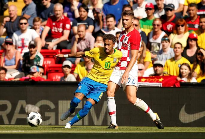 Neymar bùng nổ ngày tái xuất, Brazil thắng thuyết phục Croatia - Ảnh 6.