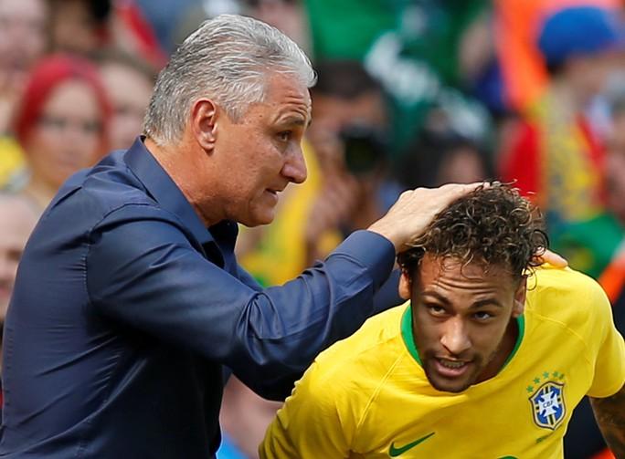 Neymar bùng nổ ngày tái xuất, Brazil thắng thuyết phục Croatia - Ảnh 2.