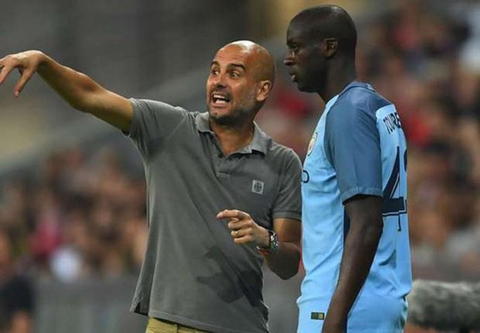 Pep Guardiola bị tố phân biệt sắc tộc, ghét bỏ cầu thủ gốc Phi - Ảnh 4.