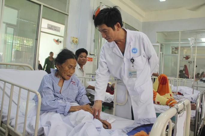 Cứu sống cụ bà 78 tuổi đã ngưng tim  - Ảnh 1.