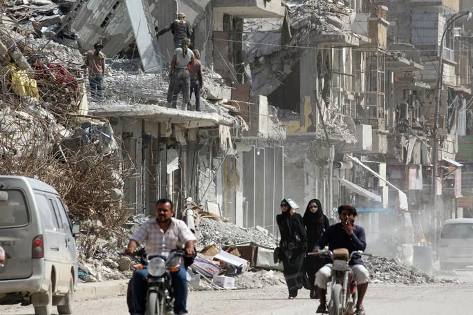 Đợt triển khai lạ lùng của Nga ở biên giới Syria - Ảnh 2.