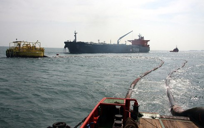 Đường ống dẫn dầu thô hàng chục tỉ bị đứt trên biển - Ảnh 1.